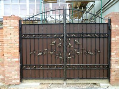 Распашные ворота в сызрани с фото где купить комлект для откатных ворот