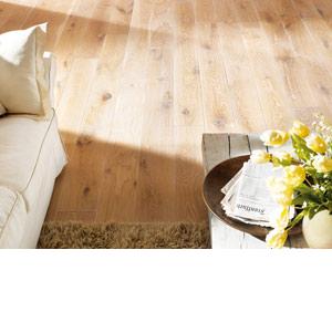 Новинки в нашем ассортименте: натуральные цветные масла OSMO для деревянного пола, мебели, игрушек.