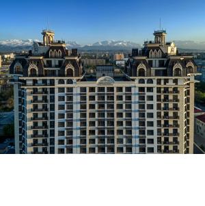 Окнами Deceuninck остеклили элитный жилой комплекс «Империал» в Бишкеке