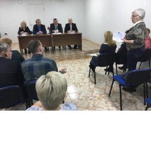 Разговор на актуальные темы: депутаты Нижневартовска и коммунальщики встречаются с жителями