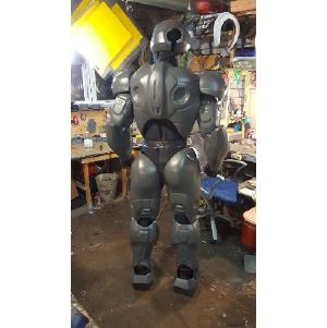 Компания АСТПРОМ ГРУПП отгружает листовой пластик абс и пнд для изготовления костюмов роботов.