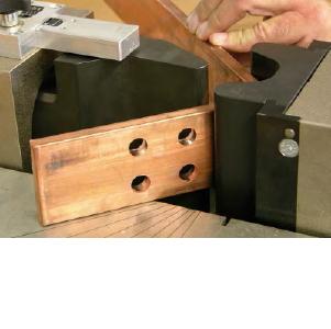 Инструмент для работы с токоведущими шинами и DIN-рейками
